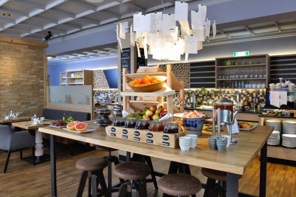 Fruehstuecksbuffet_Hotel_Erb_Parsdorf_23