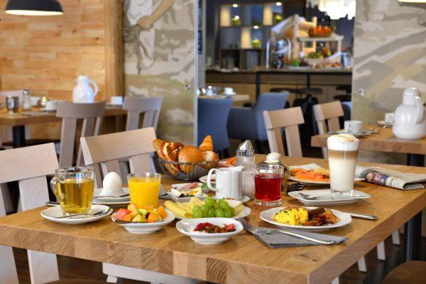 Fruehstuecksbuffet_Hotel_Erb_Parsdorf_24