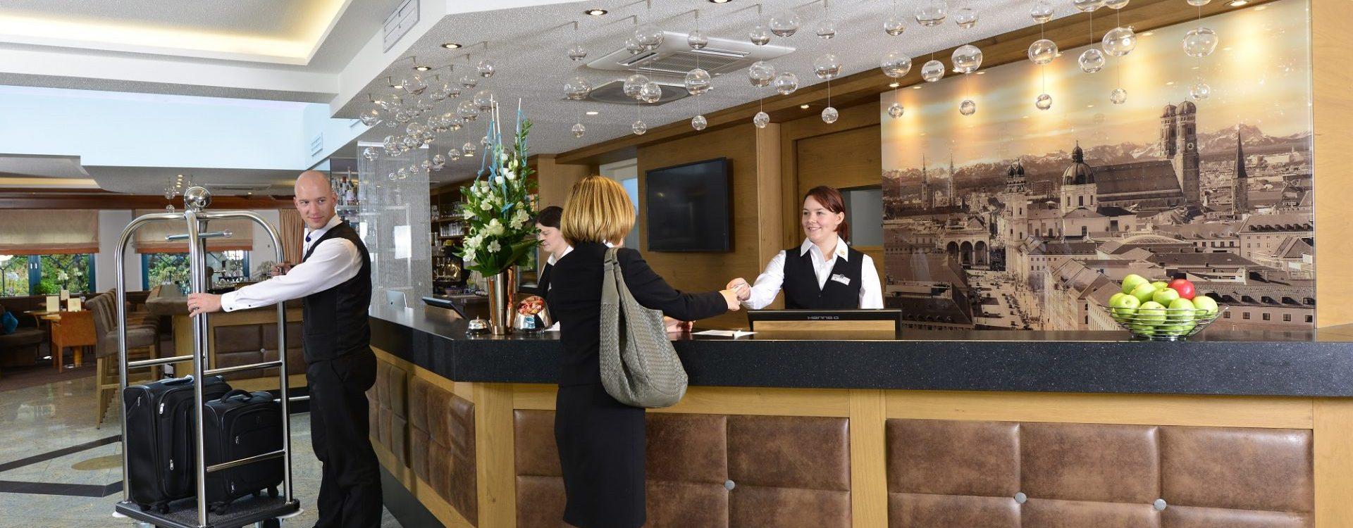 lobby_hotel_erb_parsdorf_1